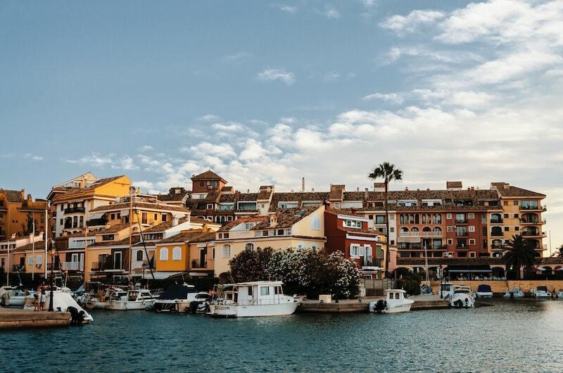 Яхта в Испании: цена вопроса и ключевые моменты